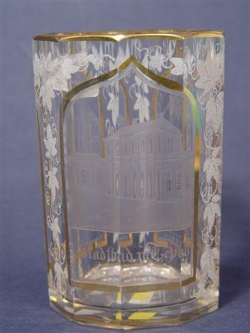 """Ansichten-, Becherglas """"Stadtbad in TEPLITZ"""", um 1850."""