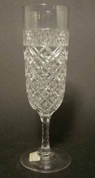 Sektglas, reich geschliffen. 19.Jh.