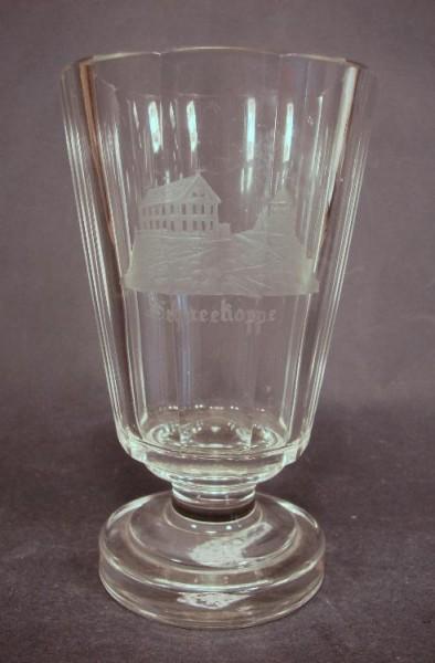 Ansichten-, Fussbecherglas SCHNEEKOPPE, um 1860.