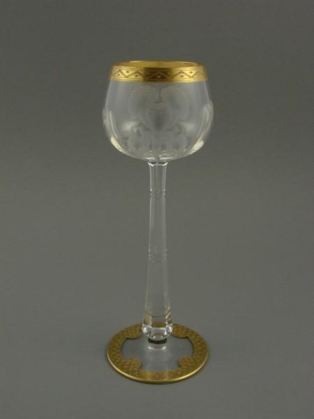 Jugendstil - Likörglas mit Schwertlilien. Moser, um 1900.