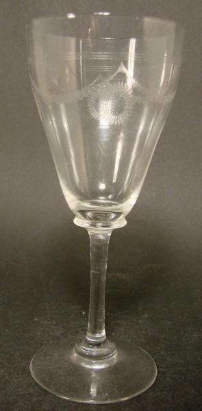Jugendstil - Weinglas mit Ätzdekor, um 1910.