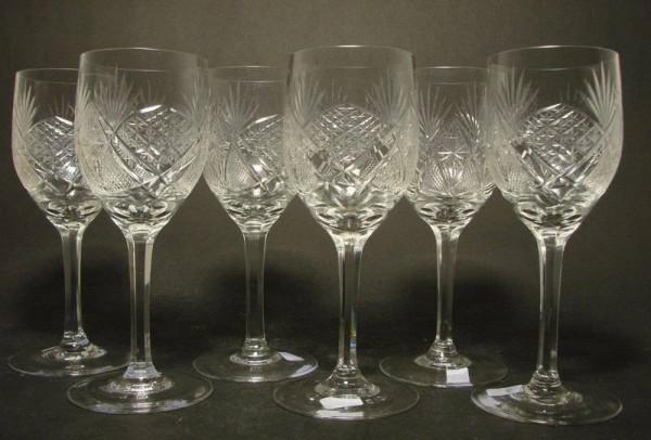 6 Weingläser, handgeschliffen. 1930er Jahre.