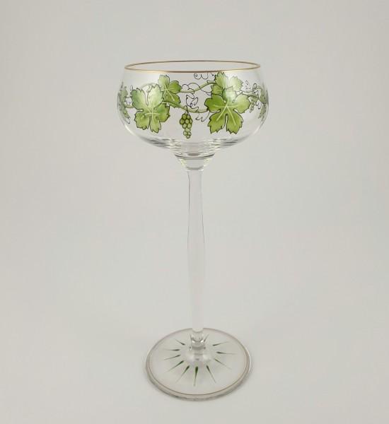 Jugendstil - Weinglas mit Weinlaubdekor. Theresienthal, um 1910.