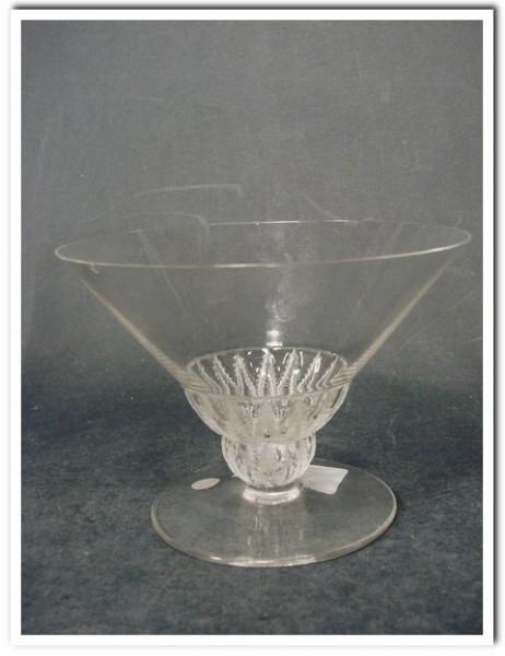 "Likörglas, signiert ""Cristal LALIQUE France""."