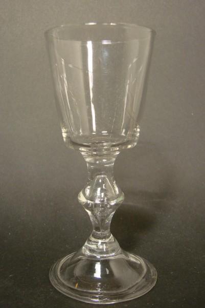 Barock - kleines Wein-, Portweinglas mit Abriss. Norddeutsch, 18.Jh.