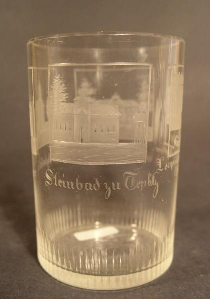 Becherglas mit Ansichten von TEPLITZ, datiert 1835.