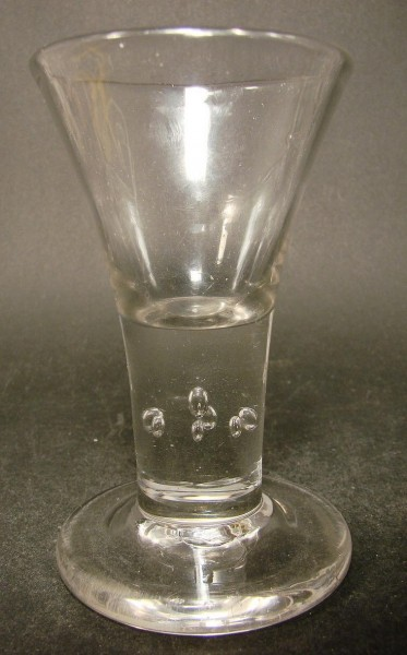 Barock - Schnapsglas. Lauenstein, um 1770.