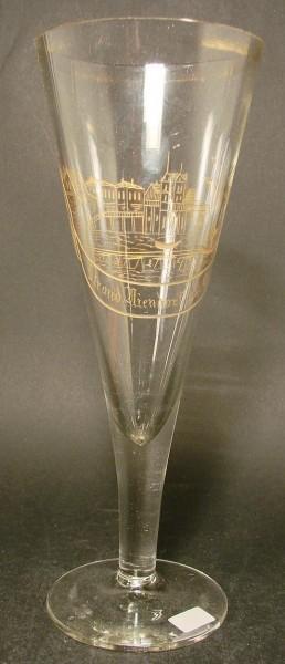 Hohes Andenken-, Pokalglas STRAND NIENDORF, um 1900.