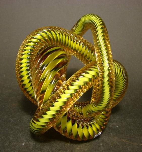 Paperweight / Briefbeschwerer in Schlangenform.