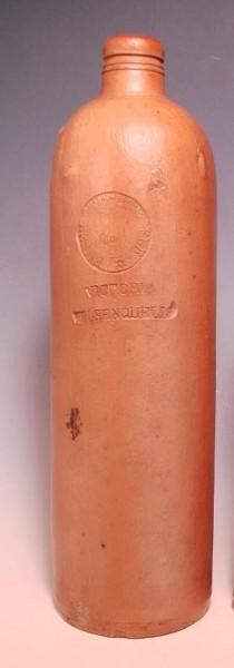 Mineralwasser EMSER Victoria Felsenquelle.