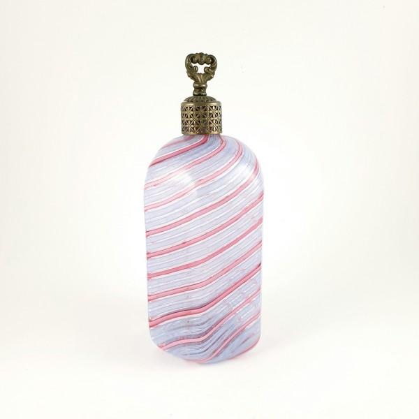 Schnapsflasche mit Zanfirico Fäden, wohl Murano Ende 19.Jh.