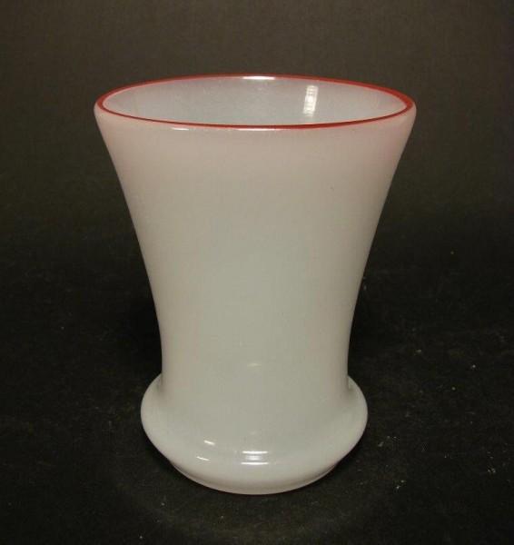 Biedermeier - Becherglas Alabasterglas, wohl Thüringen 1840/50.