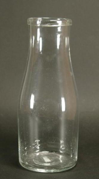 Milchflasche, farbloses Glas. 19.Jh.