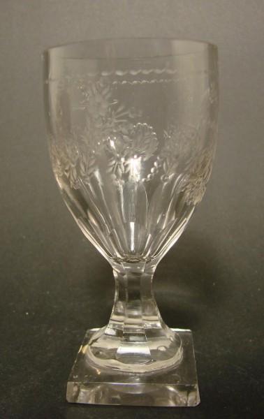 Empire - Weinglas ANDENKEN mit Plinthe, um 1800.