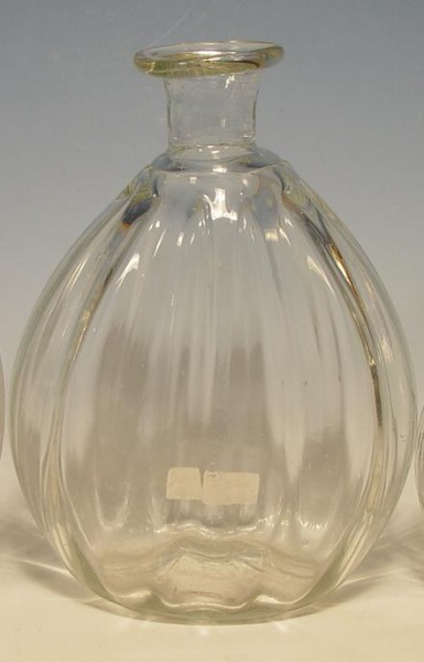 f141 / Flasche, optisch geblasen mit Abriss. 19.Jh.