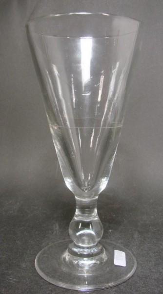 Absinthglas mit Eichlinie. Frankreich, 19.Jh.
