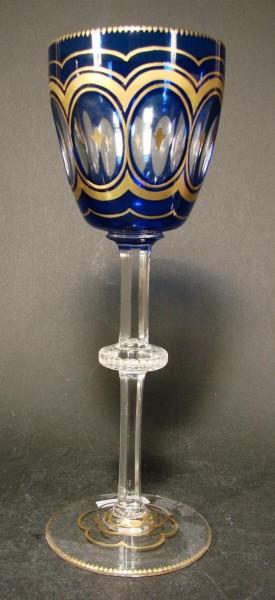 Weinglas / Überfangrömer. Entwurf Alexander Pfohl. Josephinenhütte, um 1900.