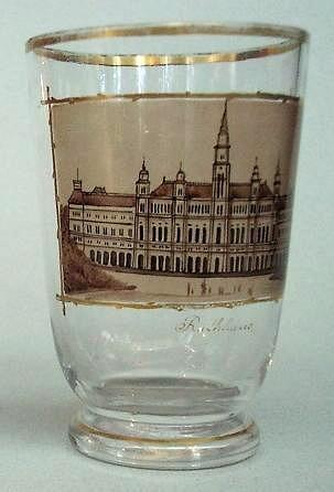 """Ansichten-, Becherglas """"Rathhaus"""" in WIEN. Böhmen, um 1850."""
