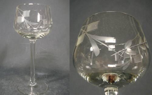 Art Deco - Weinglas mit Zierschliff, um 1930.