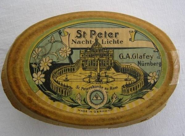 Jugendstil - Öllampen Einsätze. St. Peter Nacht-Lichte. Glafey, Nürnberg, um 1900.
