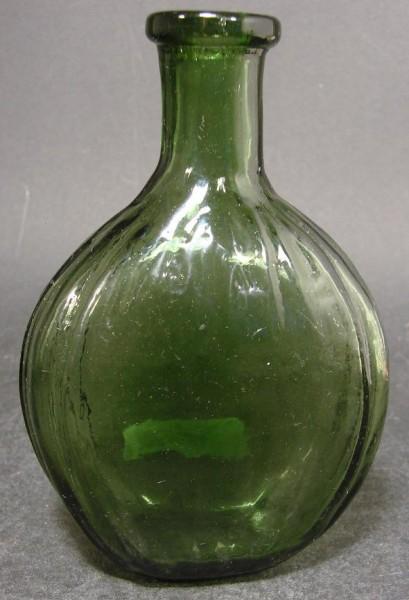10305 / Seltene Schnapsflasche mit Abriß, Schwarzwald 18. / 19.Jh.