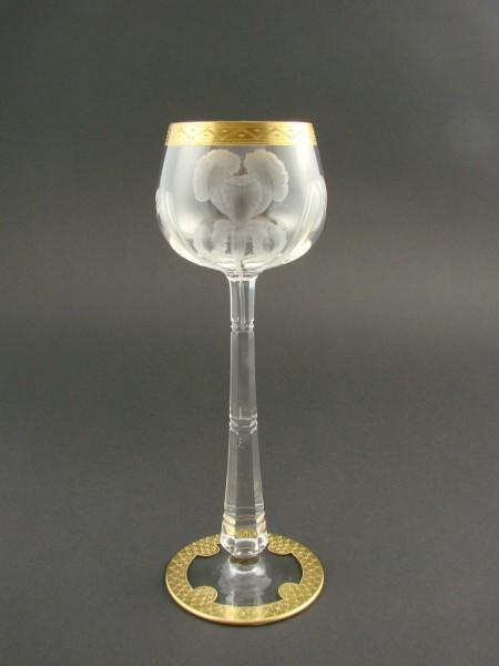 Jugendstil - Weinglas mit Schwertlilien. Moser, um 1900.