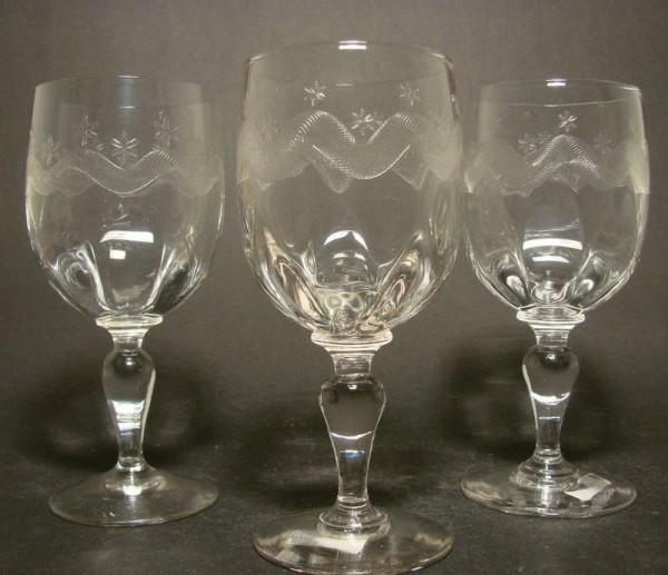 3 Wein-, Wassergläser. Frankreich, um 1900.