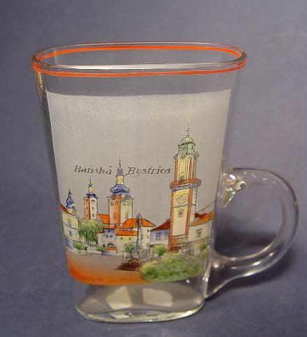 Andenken-, Henkelbecherglas BANSK á BYSTRICA / Slowenien, um 1920.