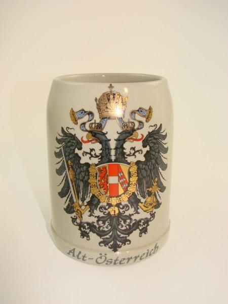 """Alter Bierkrug mit Wappen """"Alt Österreich""""."""