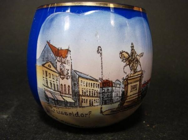Tummler / Schnapsglas mit Ansicht von DÜSSELDORF, um 1920